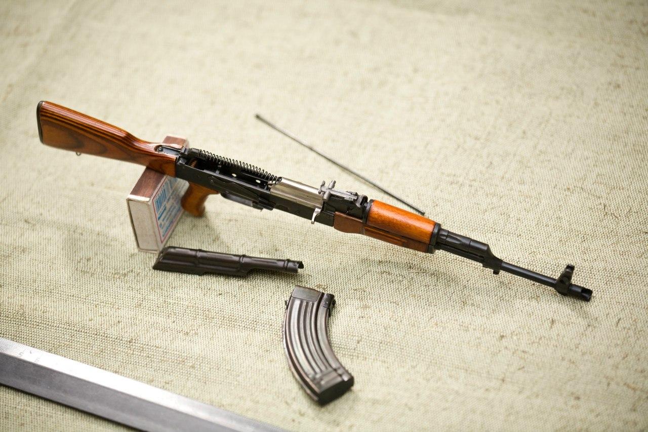 Автомат АК-47 1:3 изображение 1