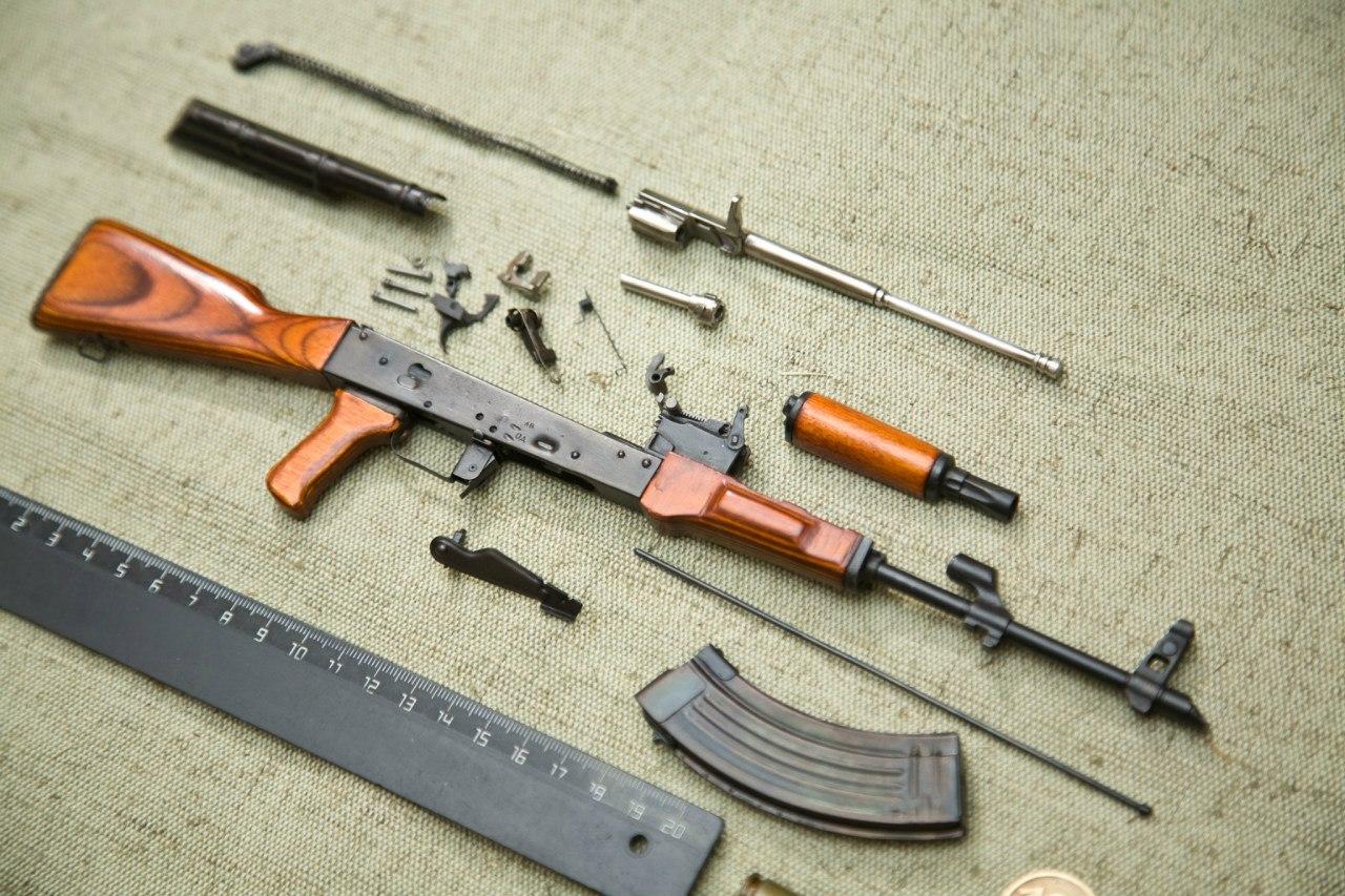 Автомат АК-47 1:3 изображение 4