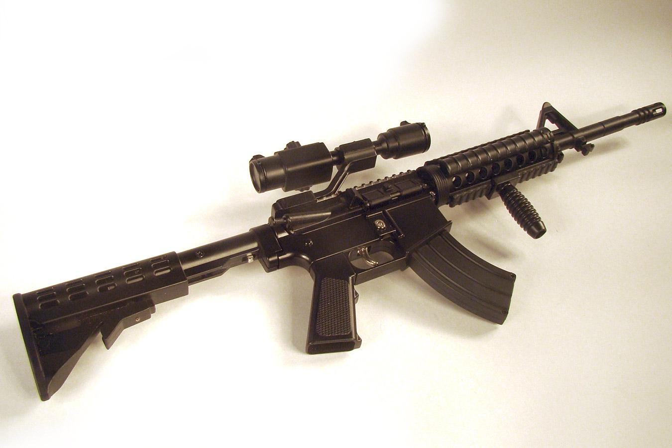 Colt M4 в масштабе 1:2 изображение 1