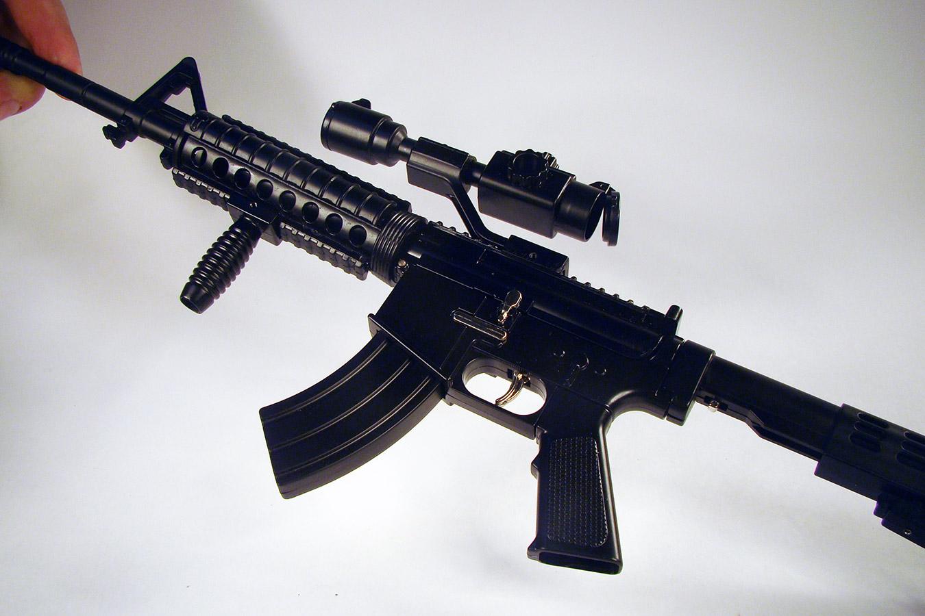 Colt M4 в масштабе 1:2 изображение 4