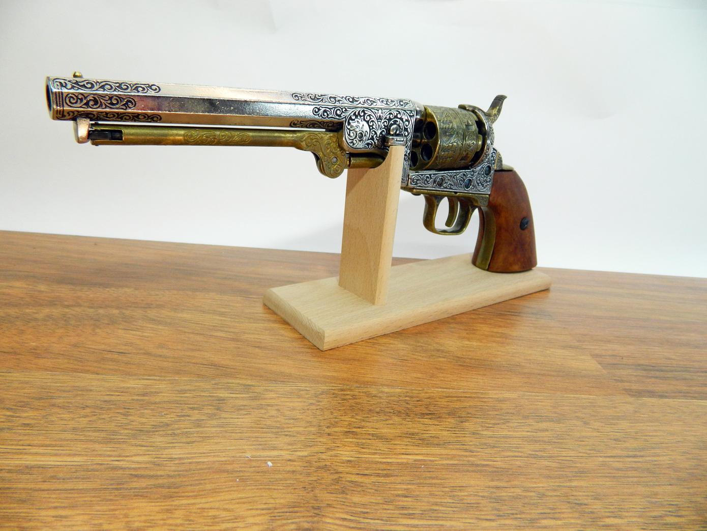 Подставка для пистолета изображение 2