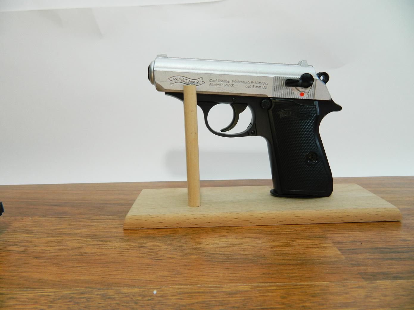 Подставка для пистолета изображение 4