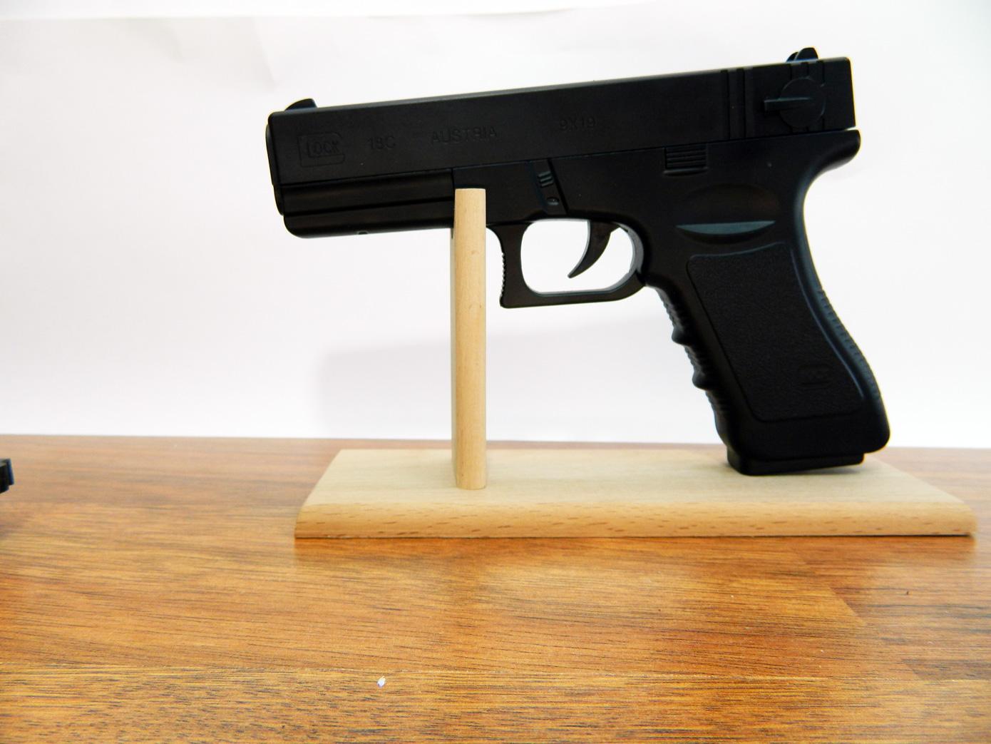 Подставка для пистолета изображение 5