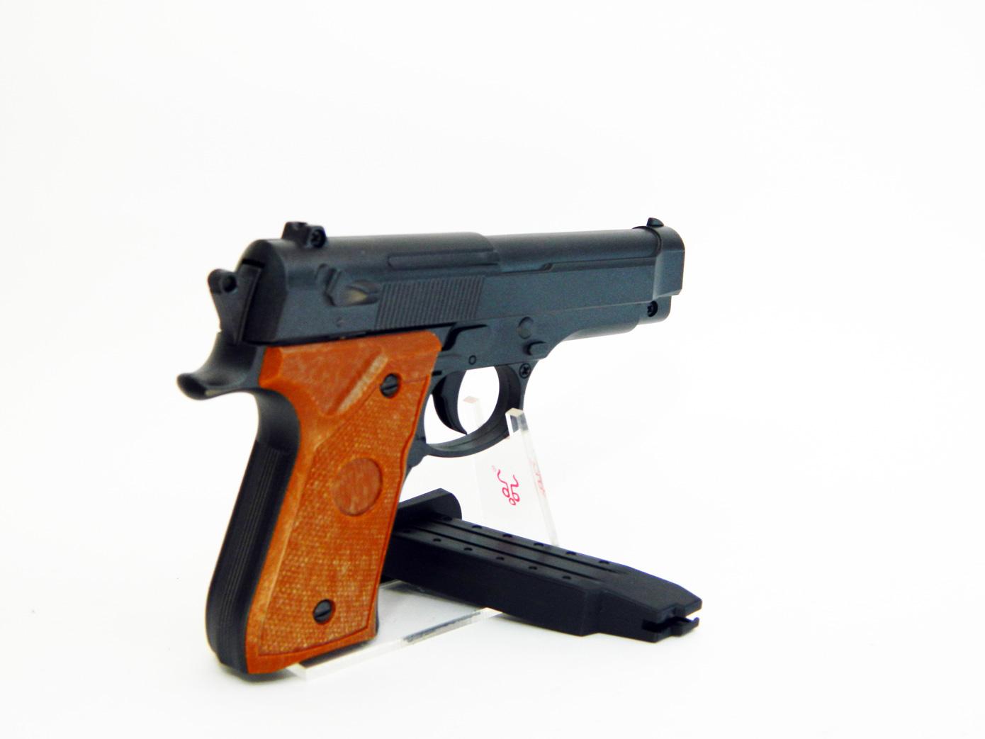 Beretta 92 mini масштаб 1:1 изображение 0