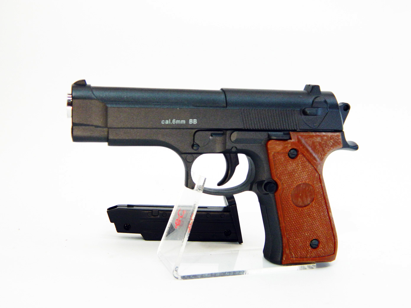Beretta 92 mini масштаб 1:1 изображение 2