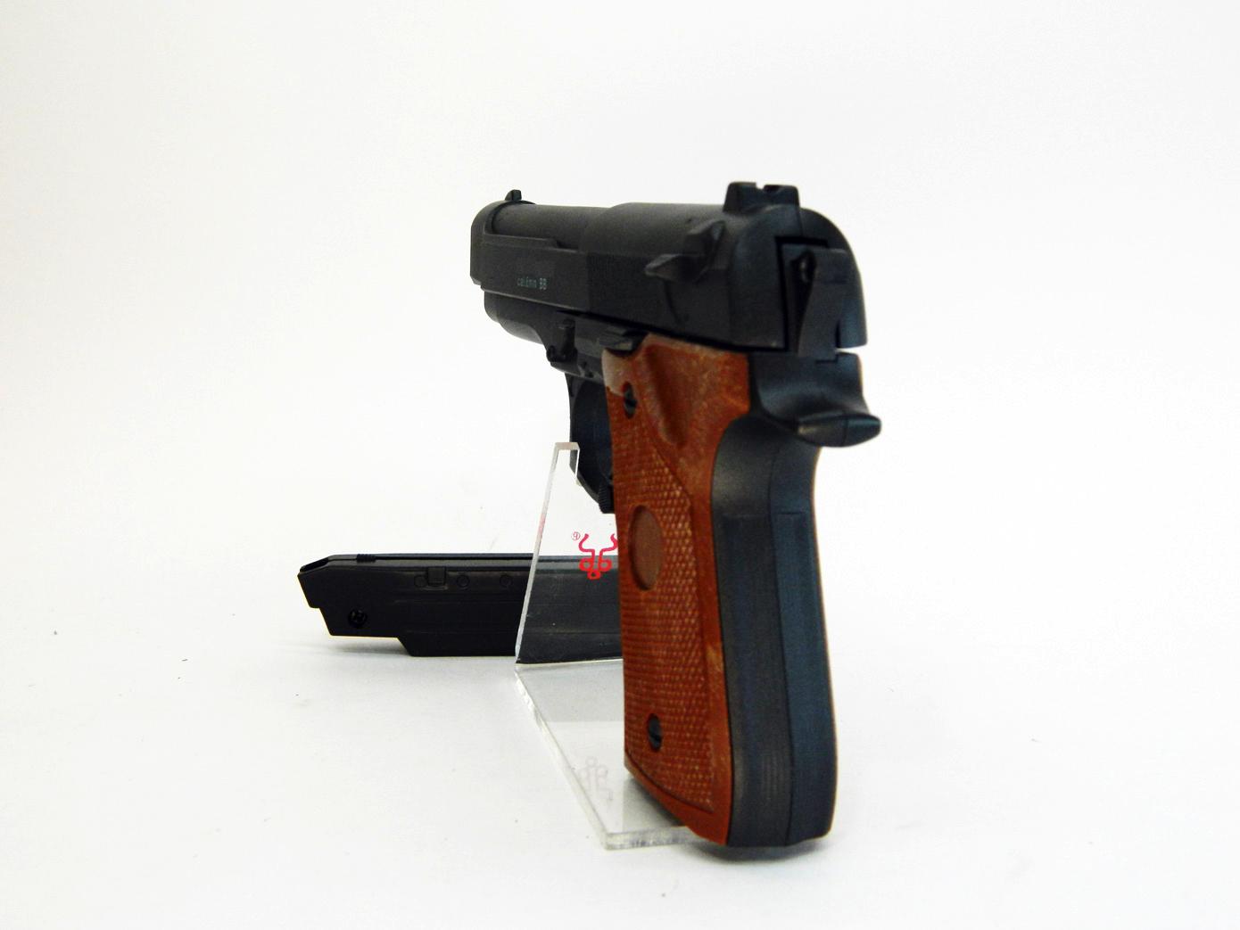 Beretta 92 mini масштаб 1:1 изображение 3