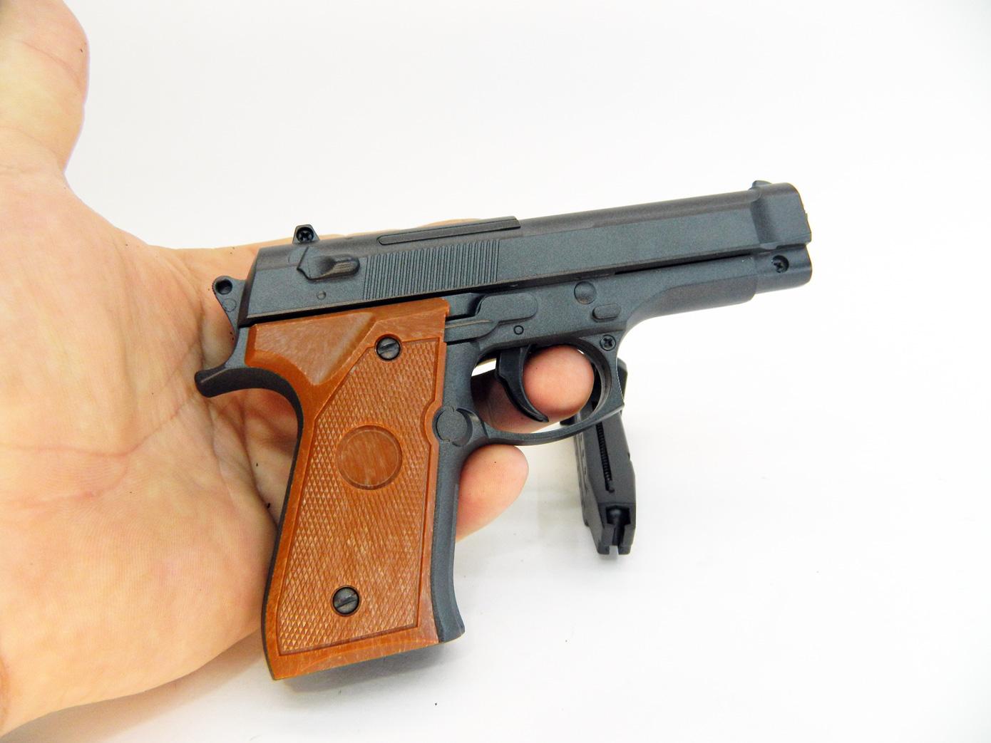 Beretta 92 mini масштаб 1:1 изображение 4