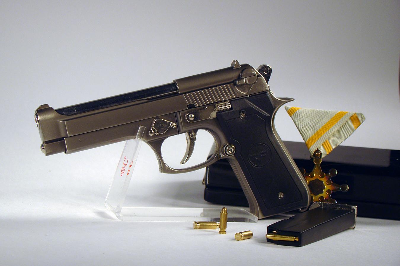 Beretta 92FS 15 см серая изображение 3