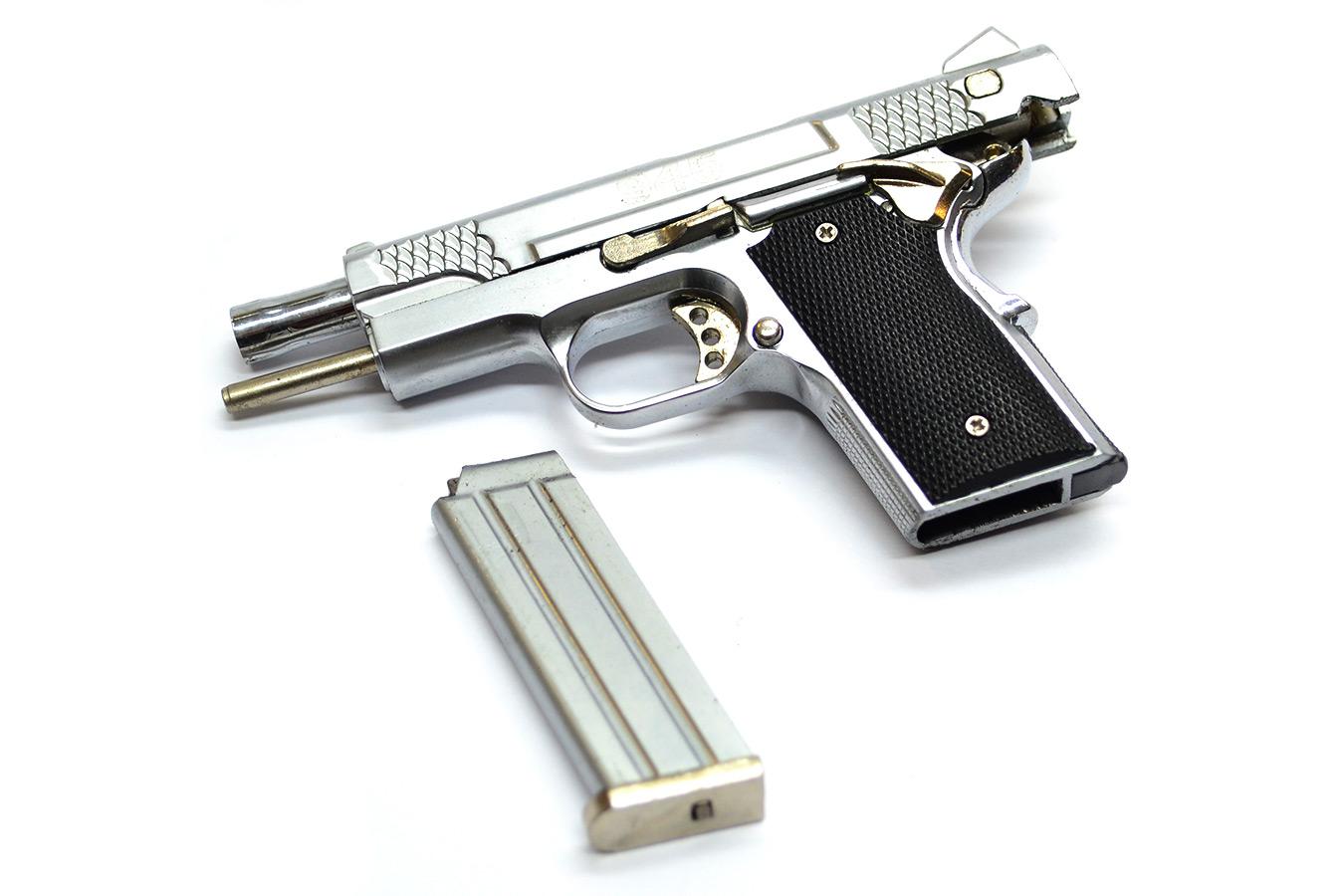 Макет пистолета Smith & Wesson Model 945 в масштабе 1:2