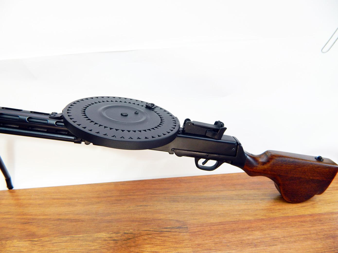 Пулемет ДП-27 изображение 1