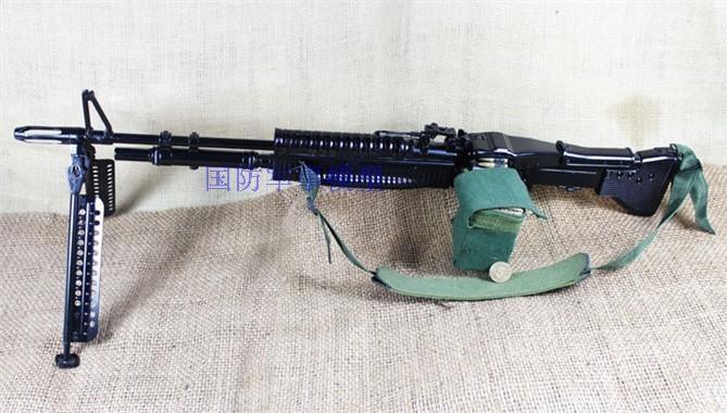 Пулемет M60 изображение 3