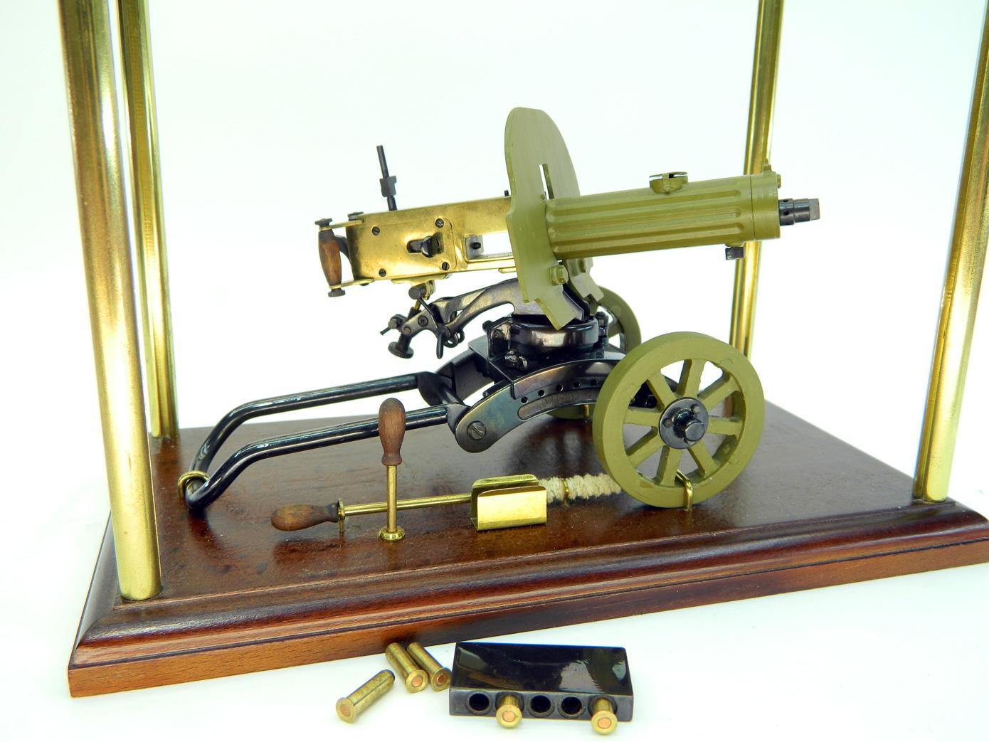 Пулемет Максим стреляющий изображение 4