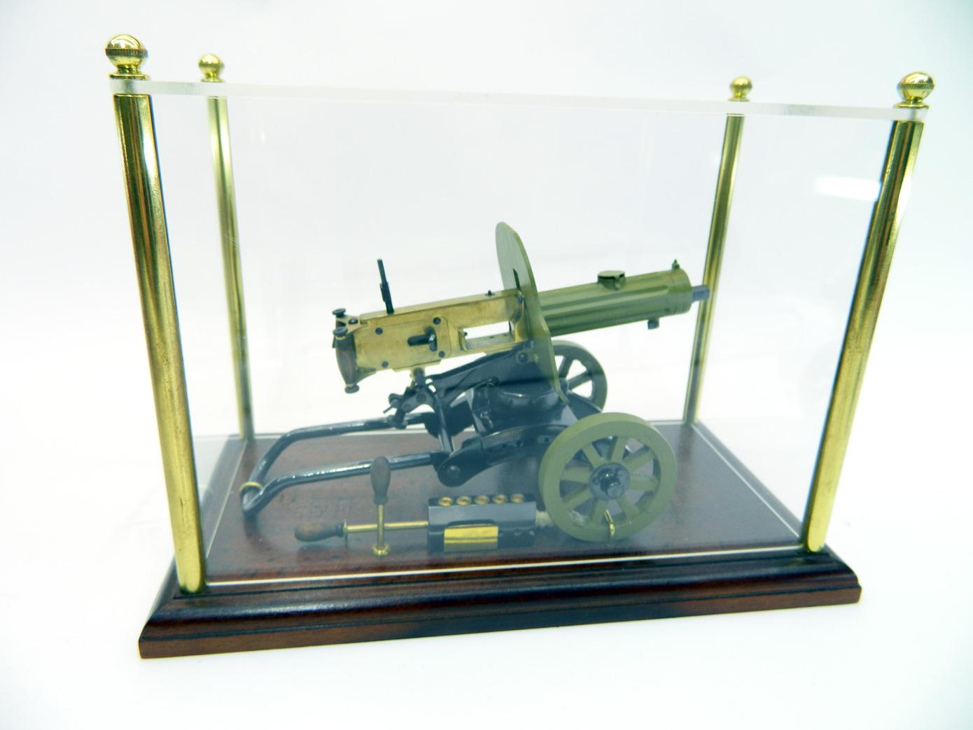 Пулемет Максим стреляющий изображение 5