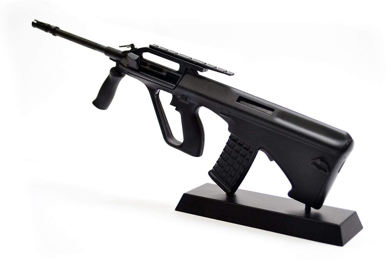Макет армейской винтовки Steyr AUG в масштабе 1:4 черная