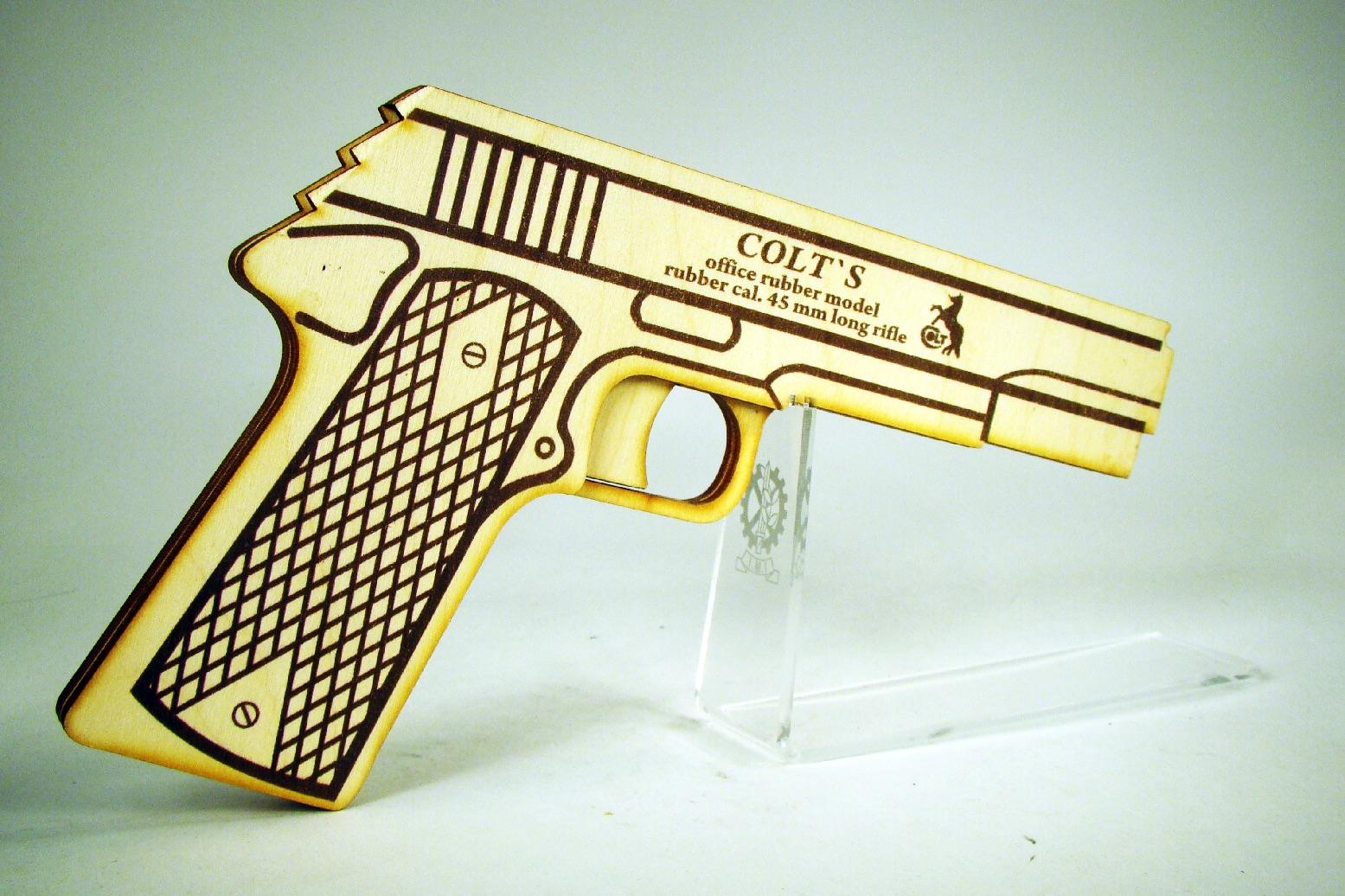 Colt 1911A1 стреляет резинками изображение 0