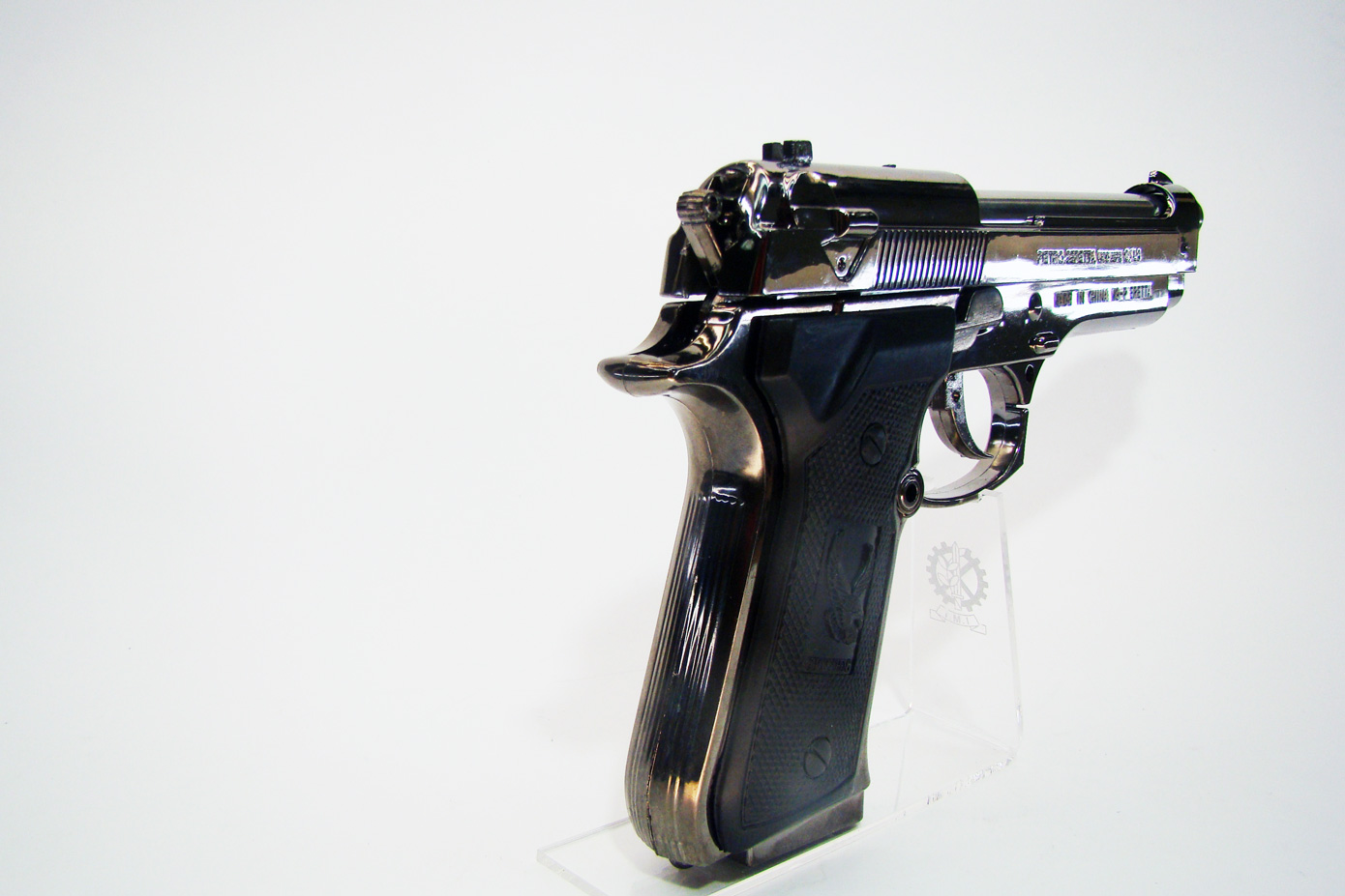 Пистолет Beretta F92 изображение 2